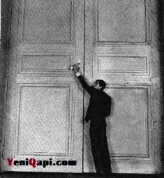 قاپی / فرانس کافکا